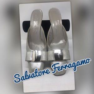 Salvatore Ferragamo Emile Rounded Toe VTG Slide